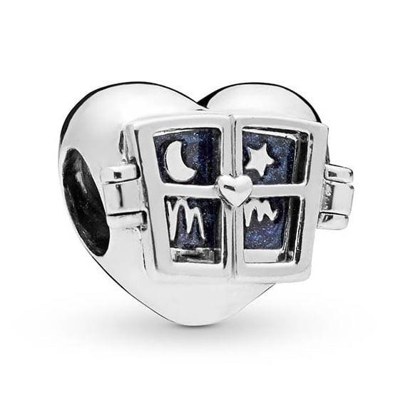 Pandora Moments Bedel Window Heart 798006EN63